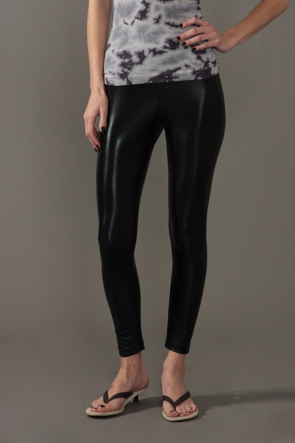 Sugarlips Look of the Day « Sugarlips Blog :  liquid leggings womens fashion leggings pleated leggings